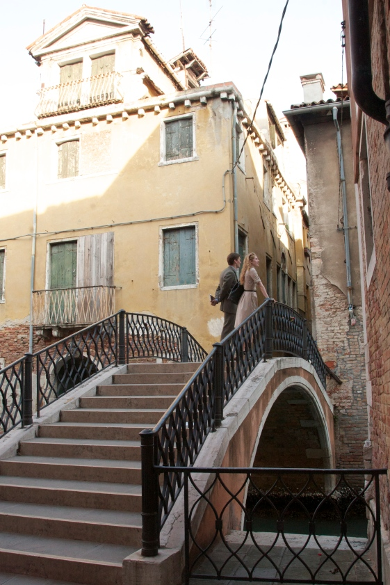Romance in Venice, Italy www.bluemesablog.com
