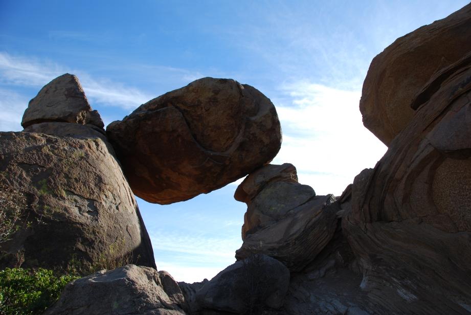 The Balanced Rock, Big Bend National Park www.bluemesablog.com