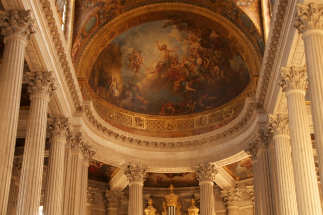 Versailles, France The Grand Trianon, Le Petit Trianon and the Temple de l'Amour www.bluemesablog.com