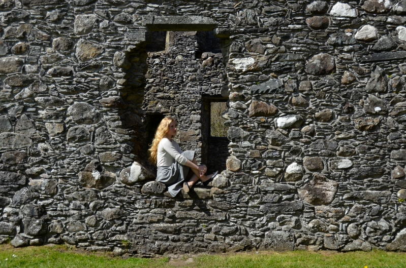 Kilchurn Castle, Loch Awe, Scotland www.bluemesablog.com