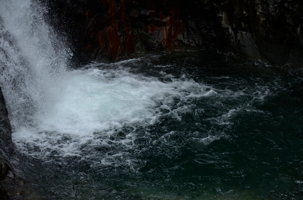 The Fairy Pools, Skye www.bluemesablog.com